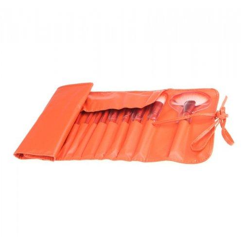 Оранжев несесер с 24 четки за грим