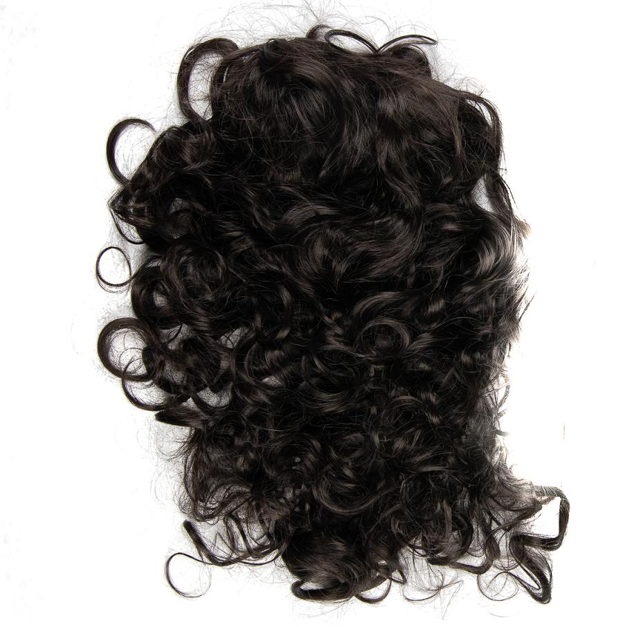Къдрава коса тъмен кестен на шнола