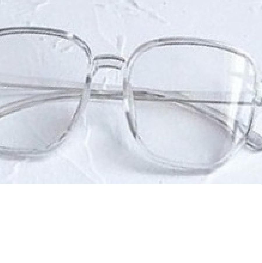 Очила с прозрачно сиви рамки и стъкла за компютър