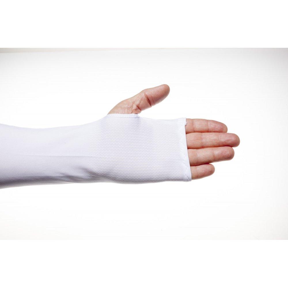 Бял ръкав с длан
