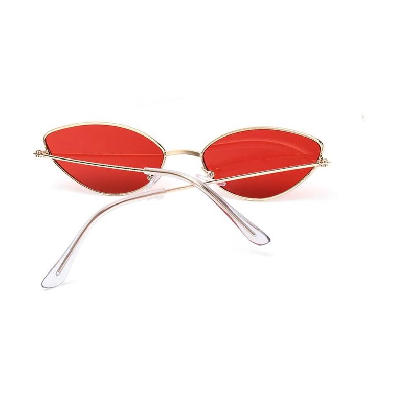 Червени котешки очила златни рамки