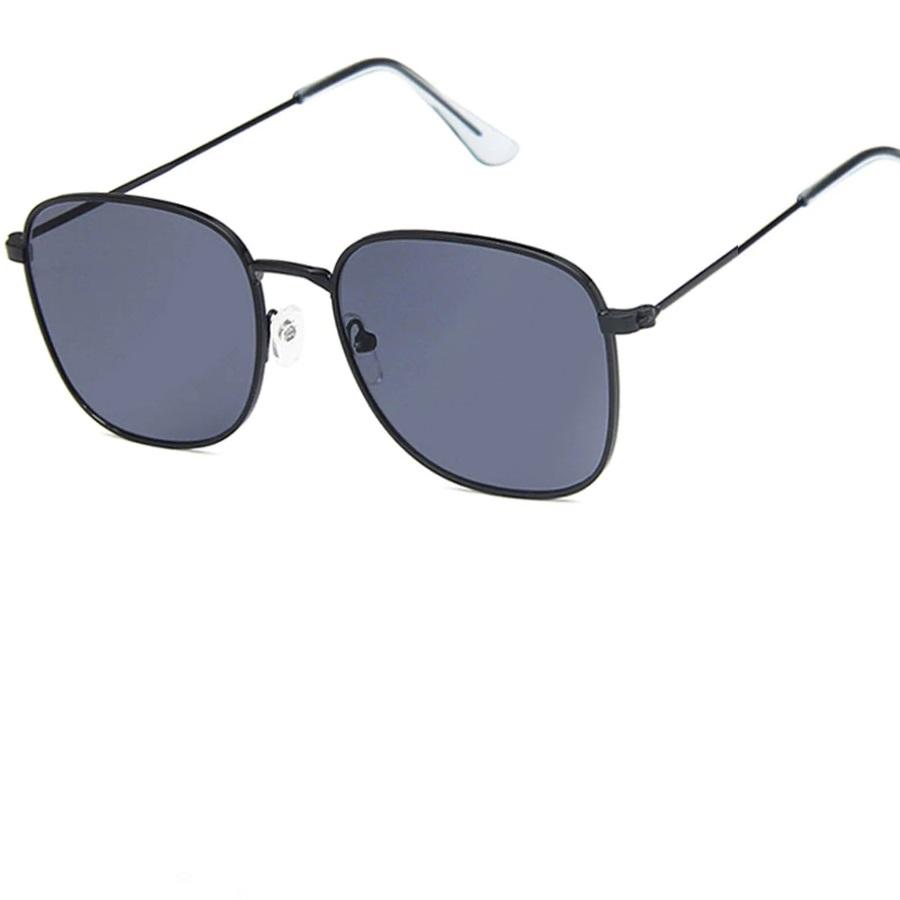 Очила с черни рамки черни стъкла