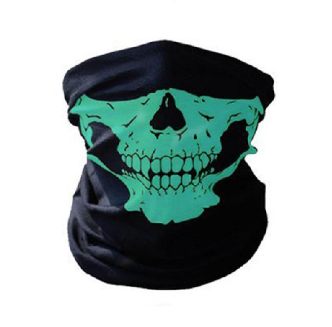 Мото шал със зелени челюсти