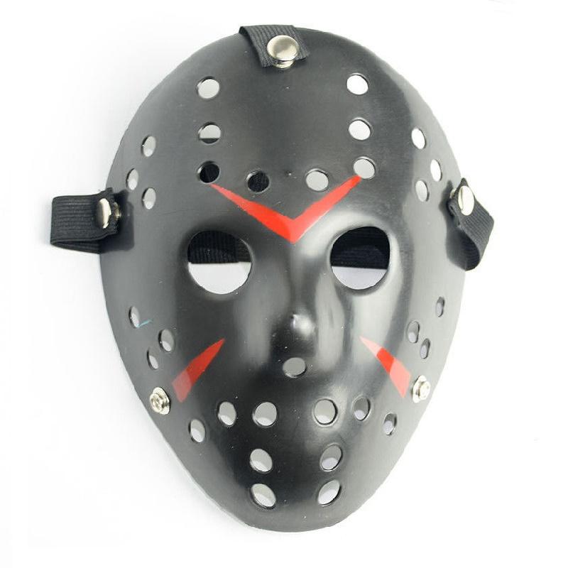 Черна маска от Петък 13-ти