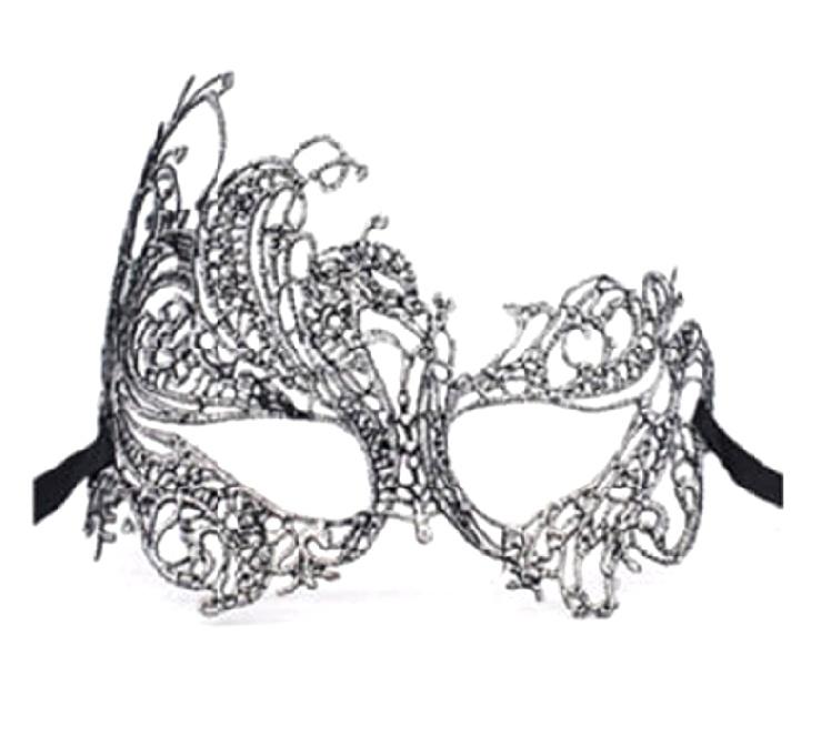 Двулицева дантелена маска