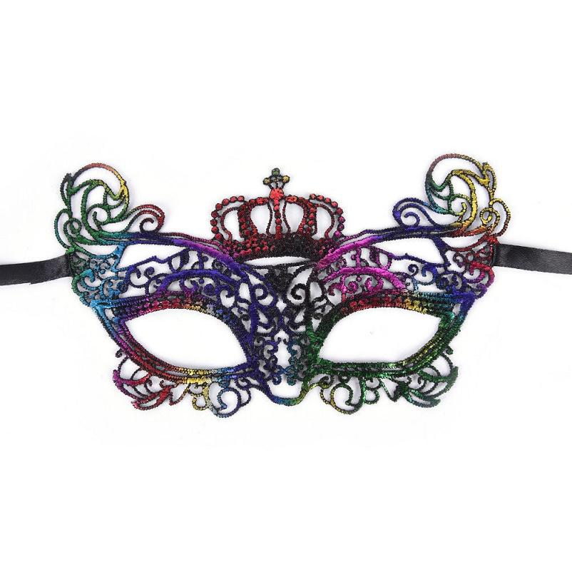 Цветна маска с корона