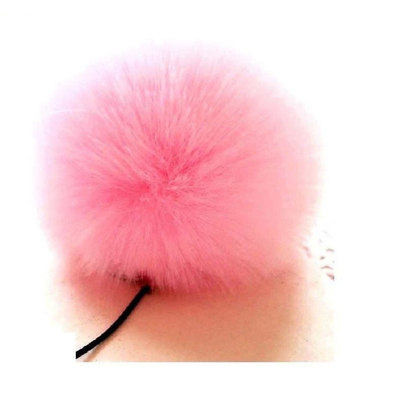 Заешка опашка в нежно розово