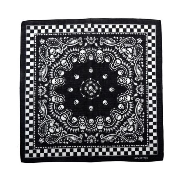 Черна кърпа бандана