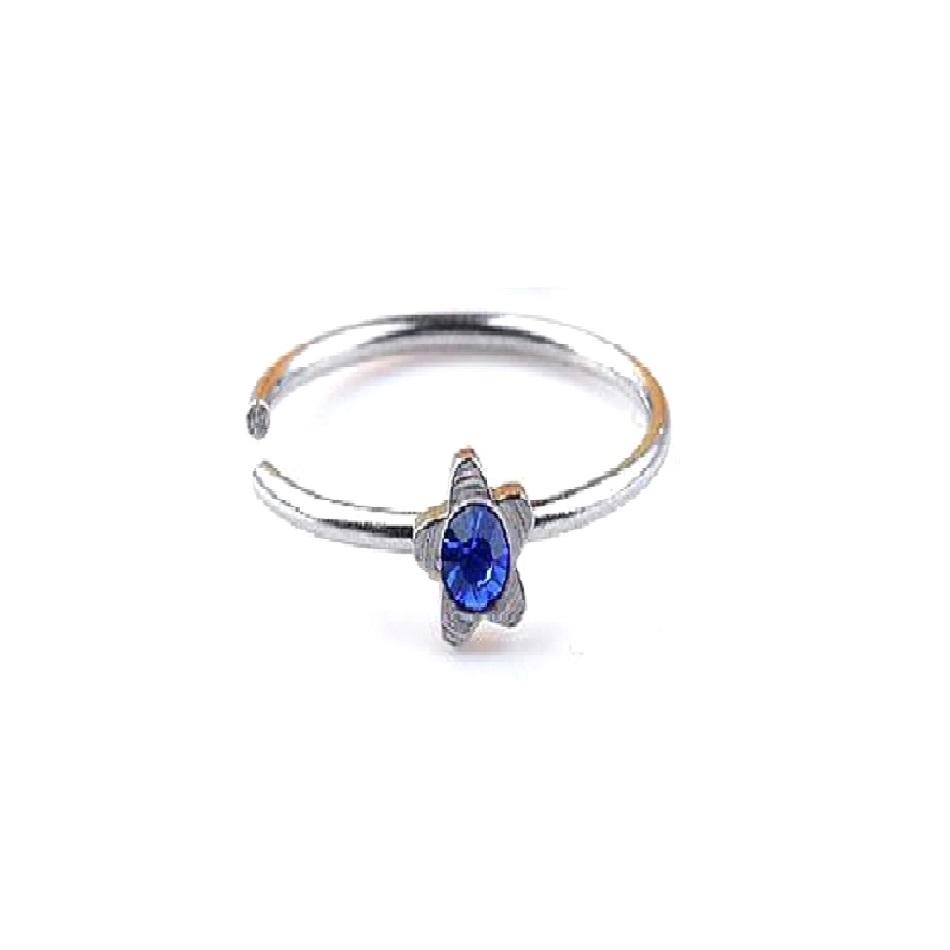 Обеца със звезда и син камък