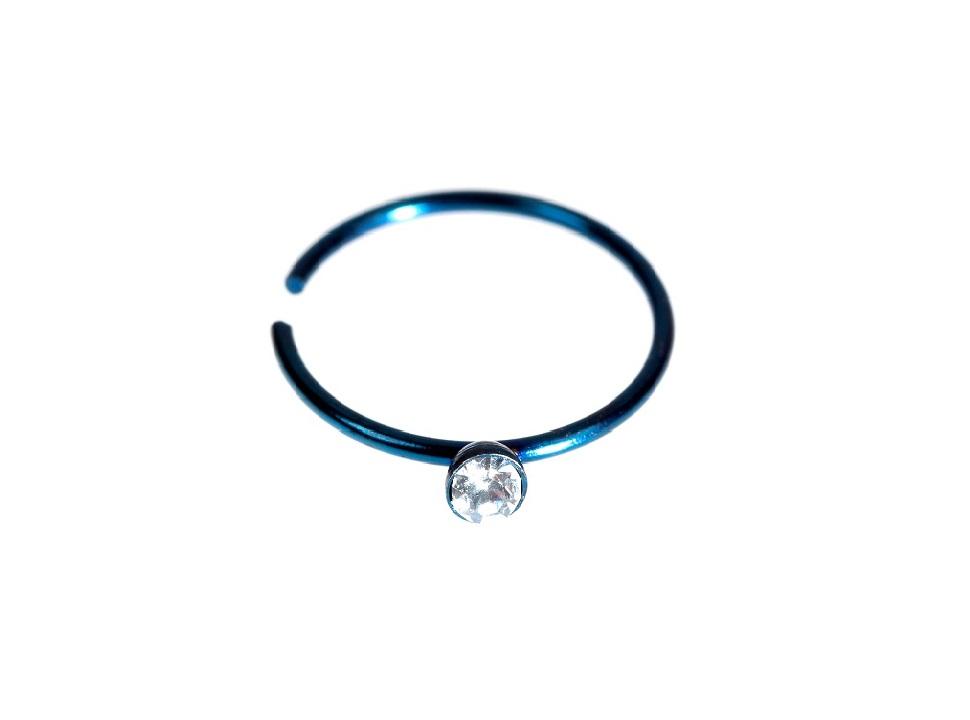Тъмно синя обеца с  прозрачен кристал