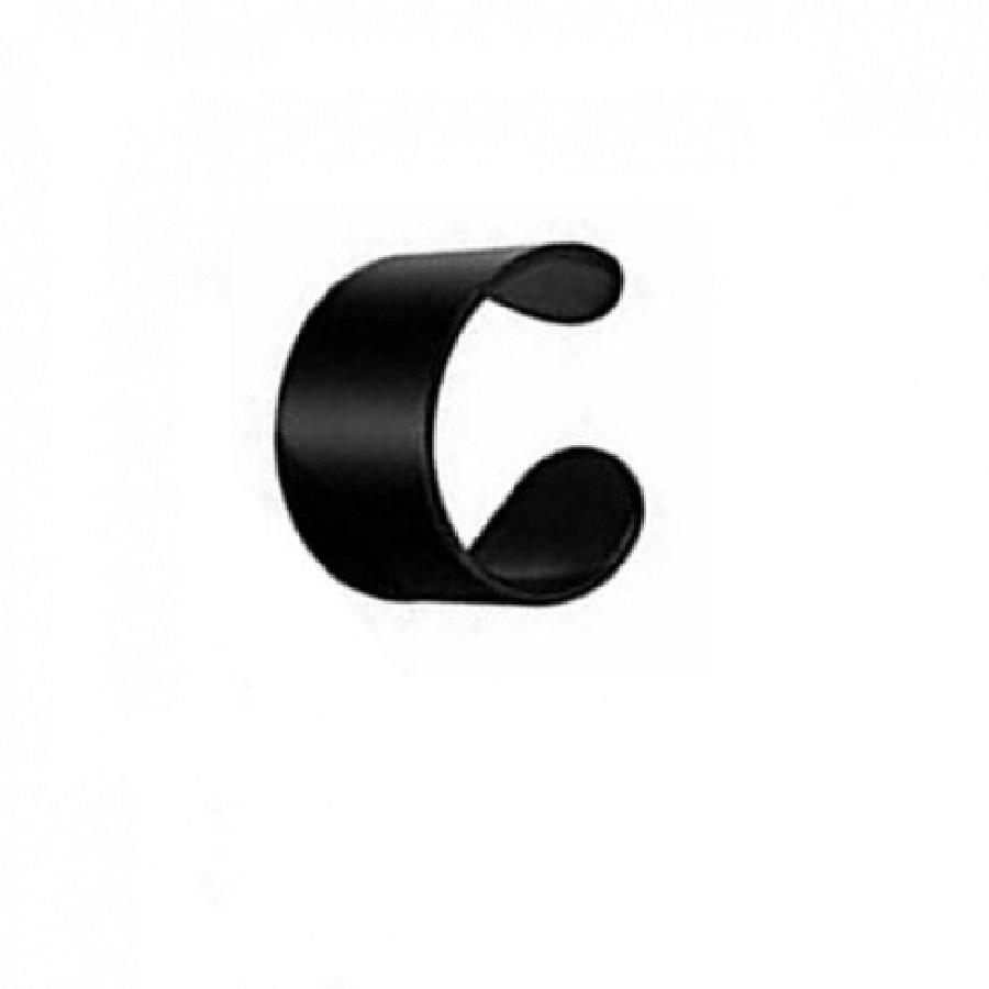 Черна обица за ухо или устна