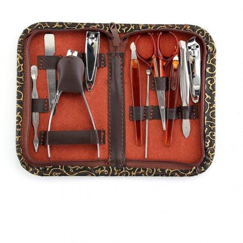 Комплект с 10 инструменти за маникюр