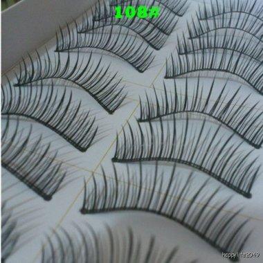 Цели мигли с плътни и фини косъмчета