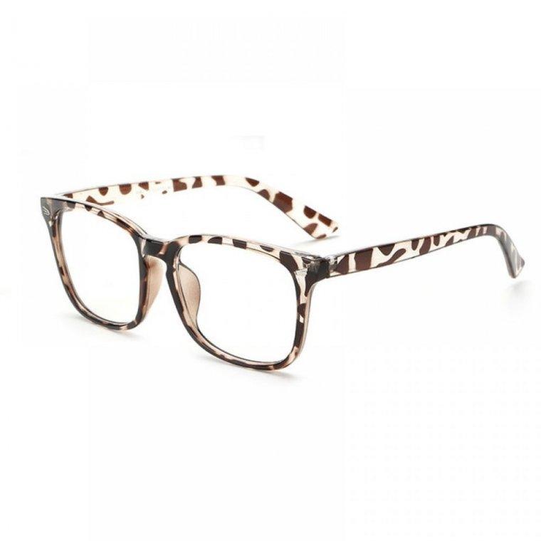 Очила на петна с метал на рамките