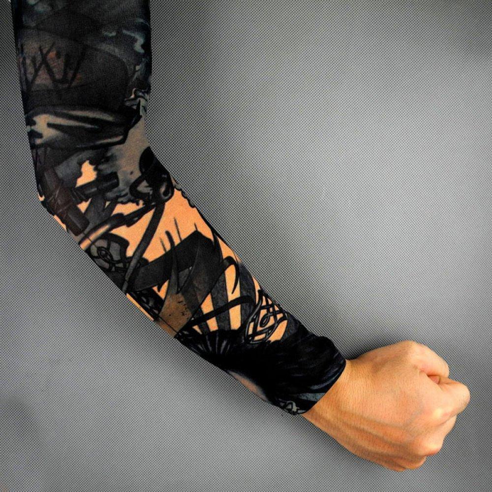 Ръкав с татуировка